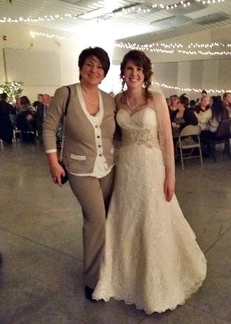 Alex fashion bridal women 39 s alterations wedding for Wedding dress shops rochester ny