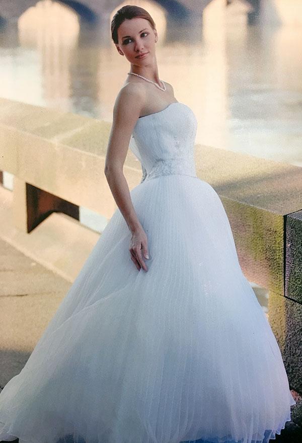 Alex Fashion & Bridal | Alterations & Wedding Consultants Rochester NY