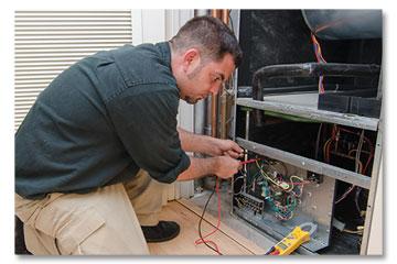 HVAC Technician Providing Emergency Service
