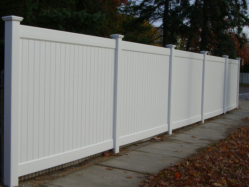 New Jersey Style  New York Style Fence. Wholesale Vinyl Fences at Wholesale Fence and Railings LLC