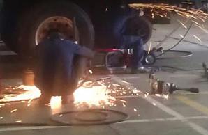 truck welding